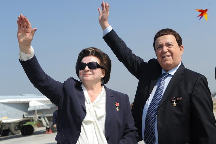 На авиабазу «Хмеймим» Иосиф Давыдович прибыл вместе с первой женщиной-космонавтом Валентиной Терешковой