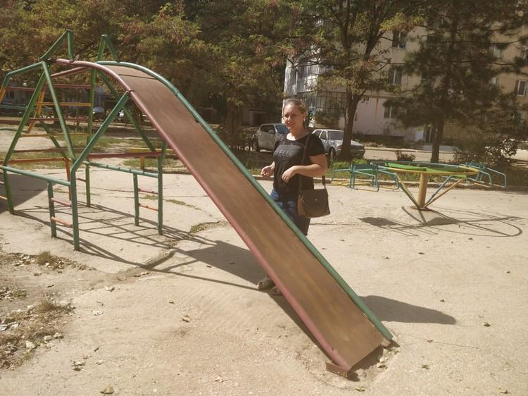 Детские площадки стали непригодными для использования