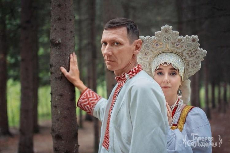 Невеста «из Архангельска» и жених «с Вологды» – поженились в Новосибирске. Фото: Надежда Семченко