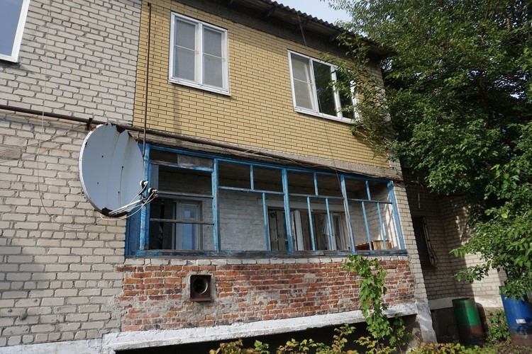 Местная достопримечательность на Спартаке -единственная квартира, что уцелела.