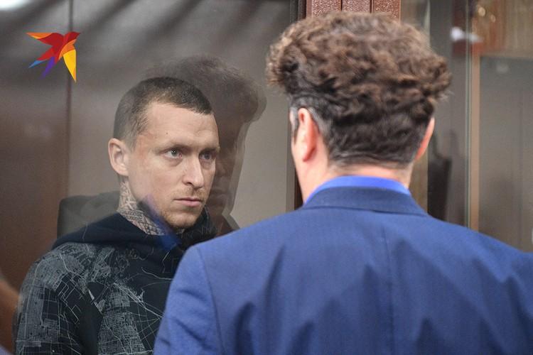 Павел Мамаев в помещении суда.