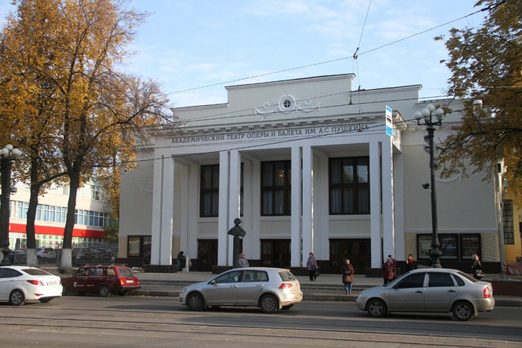 """Один из выходов со станции """"Оперный театр"""" будет рядом с театром оперы и балета"""