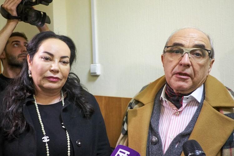 Адвокаты Добровинский и Стукалова на заседании суда по разводу Кержаковых.
