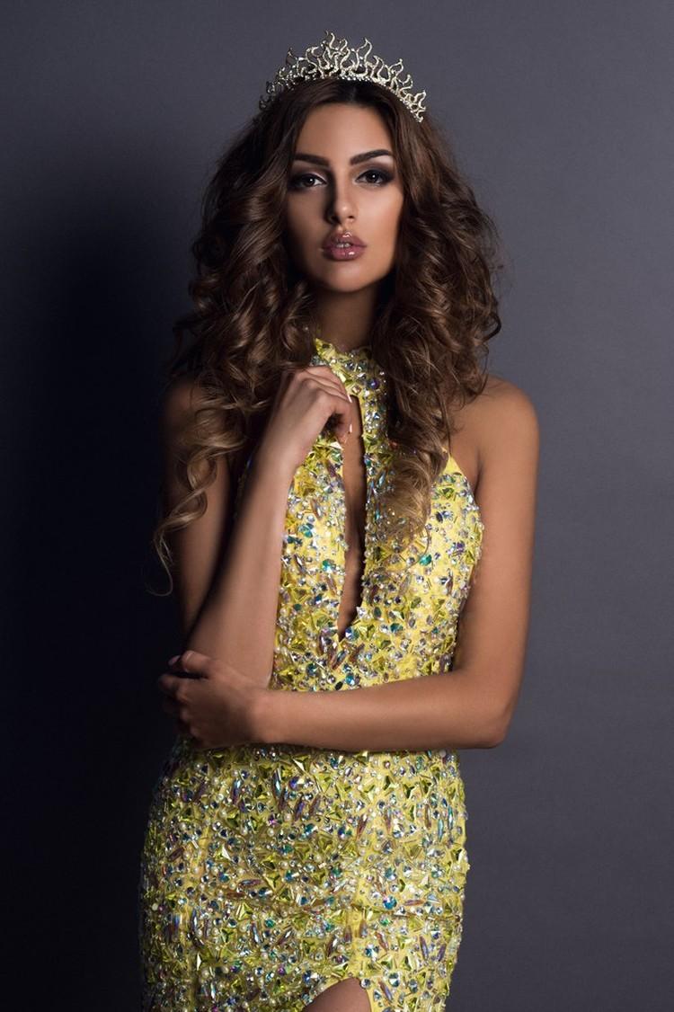 Оксана мечтала стать моделью. Фото: соцсети