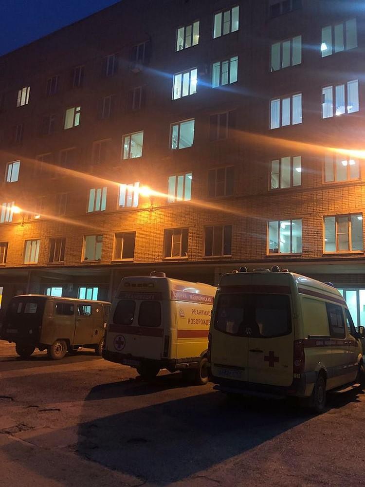 Больница, в которой работает теперь уже тесть султана.