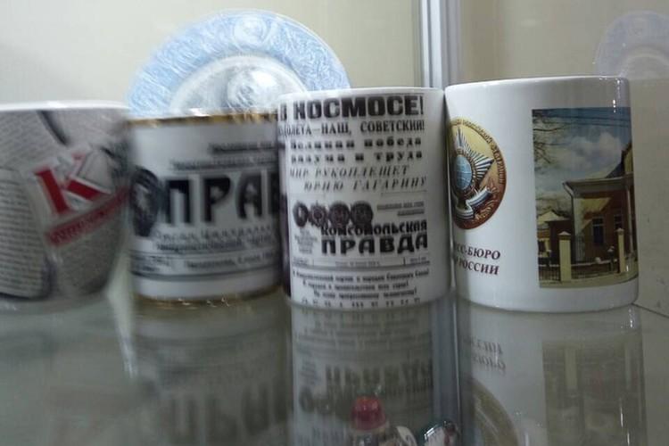 В музее представлены в том числе и сувениры.