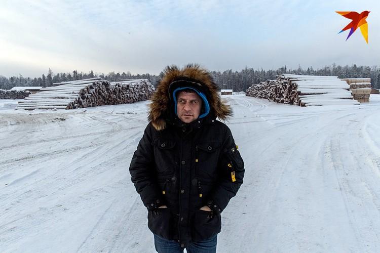 Журналист «Комсомольской правды» Владимир Ворсобин в тайге