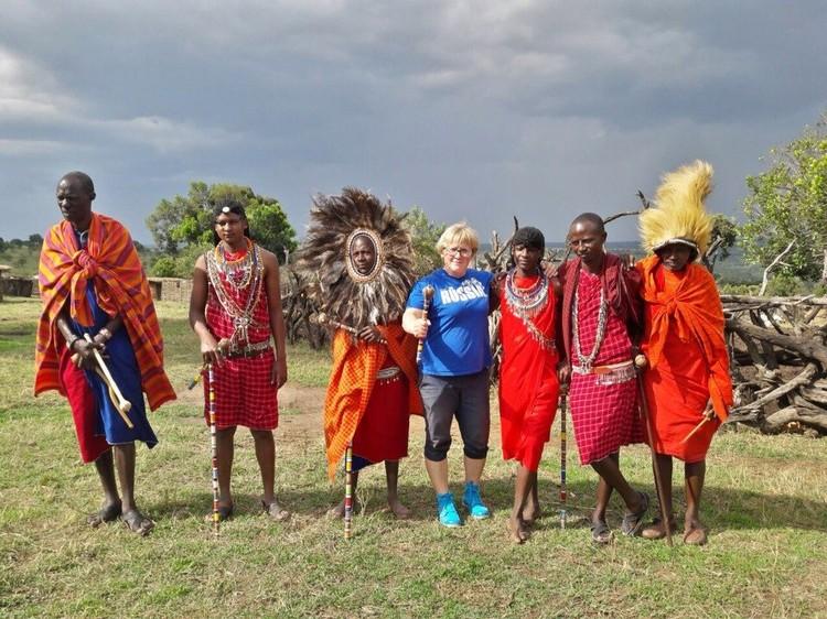 Благодаря работе Алла раз в три недели отправляется в путешествие. На фото - в Кении.