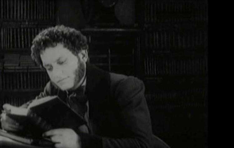 """""""Поэт и царь"""" считается первым отечественным биографическим фильмом. В нем режиссер сыграл Пушкина."""