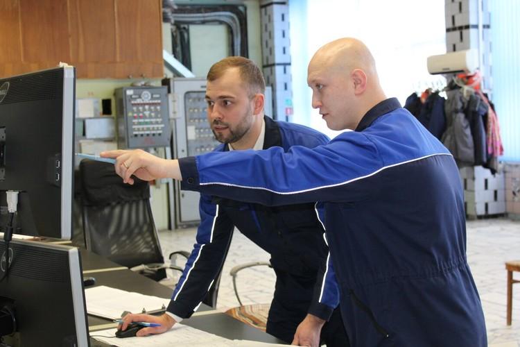 Краснов (на фото справа): «Прокачиваю себя физически и умственно».