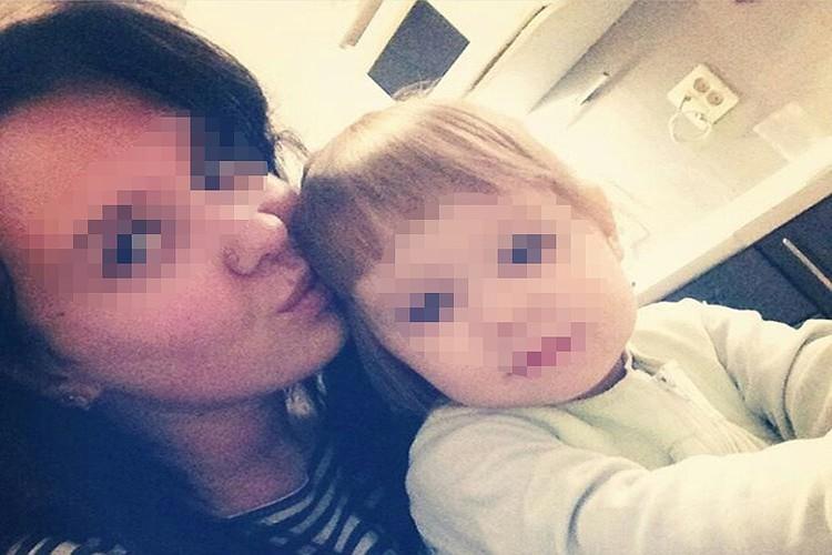 Отец дорожил фотографиями маленькой Кати - некоторые снимки находятся в его «сохраненках» в Вконтакте. Фото: социальные сети