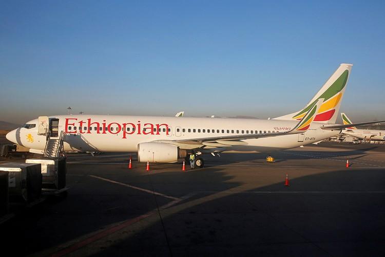Разбившийся самолет Боинг-737 MAX-800 авиакомпании Ethiopian Airlines.