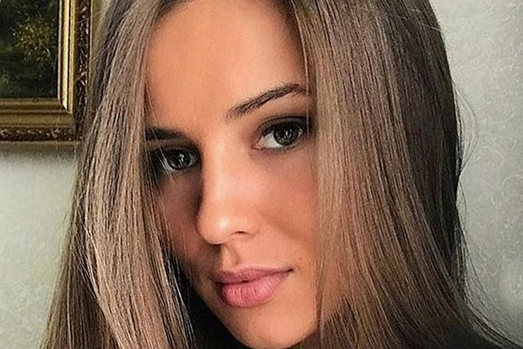 Последняя возлюбленная Михаила - стюардесса бизнес-класса Валентина Григорьева