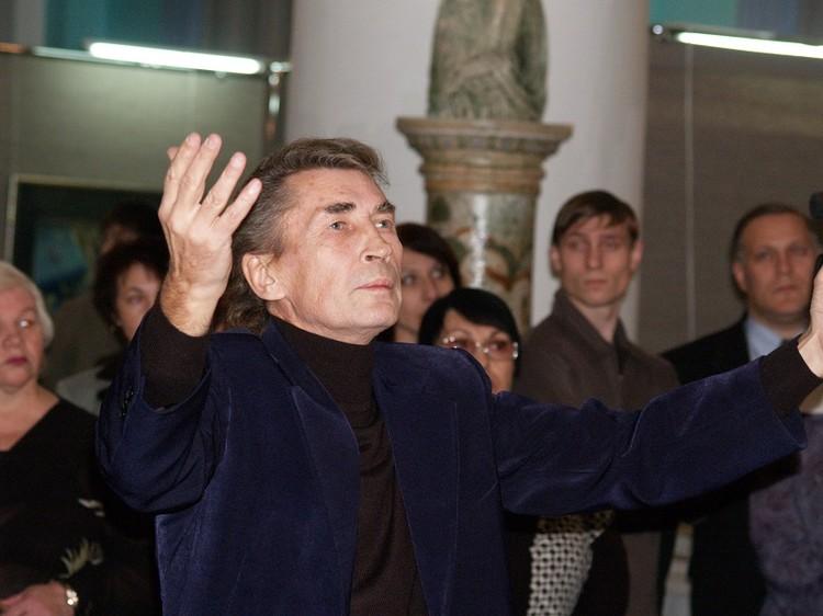 Создатель камерного хора Валерий Михальченко был дирижером от Бога и очень притягательным человеком. Фото: архив филармонии.
