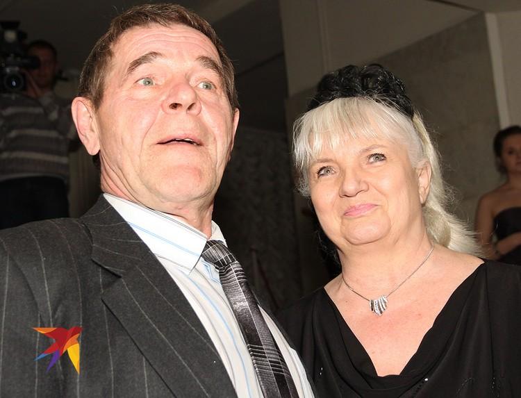 Актер с женой Людмилой в 2011 году.