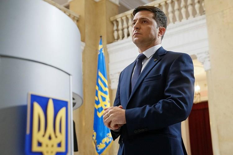 После конституционной реформы и превращения Украины в парламентскую республику, решения президента Зеленского могут быть уже не важны для иных ветвей украинской власти
