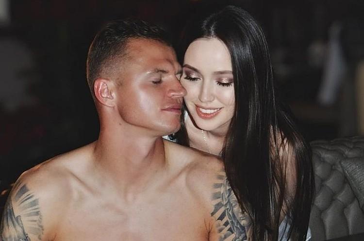 Тарасов подарил новой жене-модели отобранный у Бузовой Мерседес