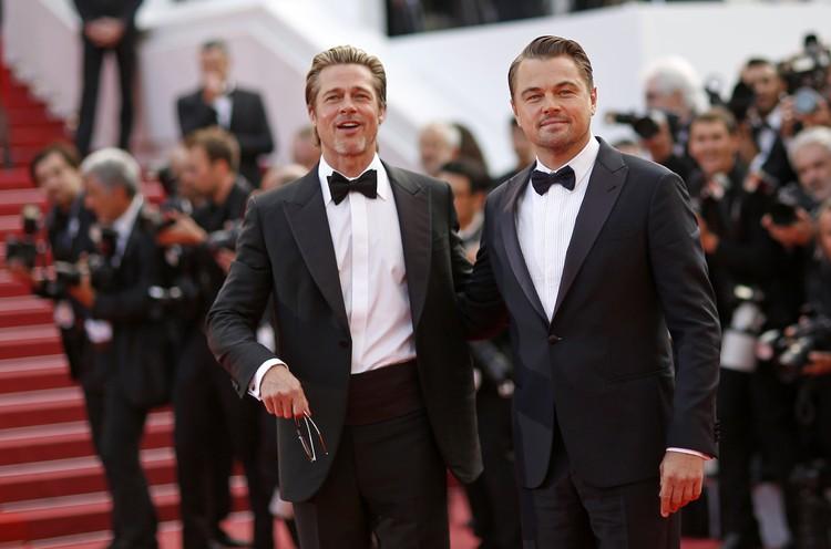 Брэд Питт и Леонардо Ди Каприо - два самых завидных холостяка Голливуда.
