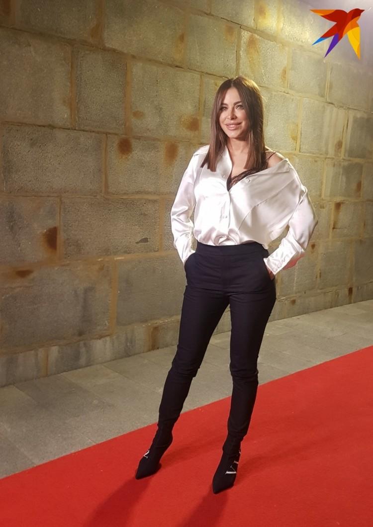 """Певица призналась, что устала от платьев с блестками и теперь выбирает стиль """"дорогая простота""""."""