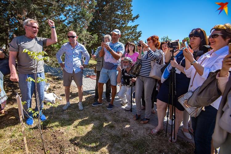 Актер Сергей Шакуров теперь имеет свое дерево в Севастополе