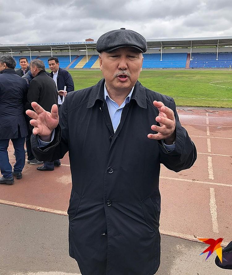 Кандидат в президенты от Профсоюзов Амангельды Таспихов честно признаётся, что при Назарбаеве на выборы бы не пошёл