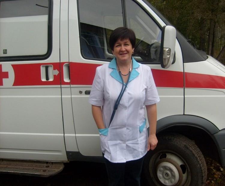 Фельдшер скорой медицинской помощи Елена Владимировна Паукова