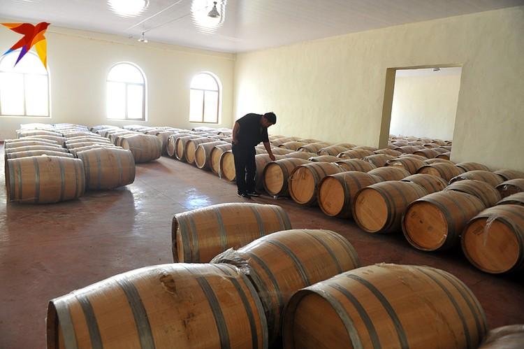 Россия с огромным отрывом от всех остальных стран лидирует по поставкам грузинского вина