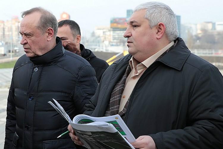 Сергей Сидаш (слева) и Николай Безуглова отвечали за строительную часть подготовки к чемпионату мира по футболу.