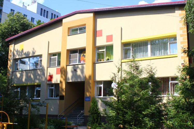 """Место для ребят нашлось в социально-реабилитационном центре """"Ласточка""""."""
