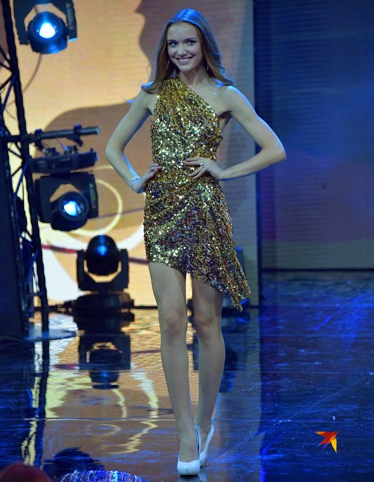 Будущая победительница Анна Бакшеева как будто что-то знает…