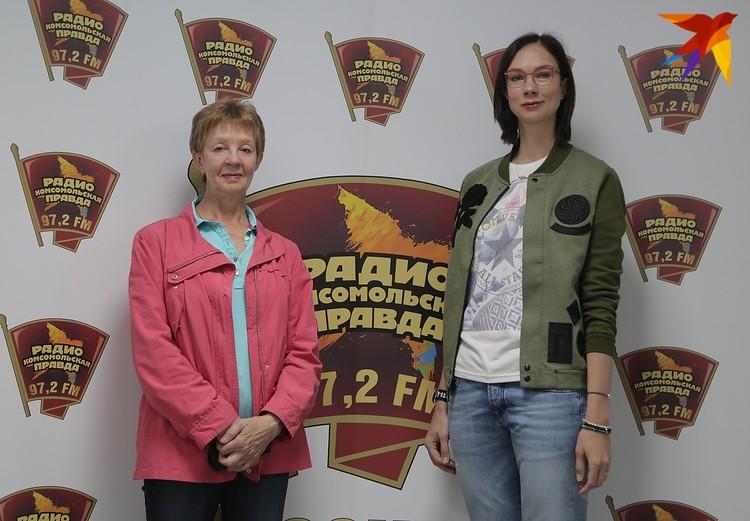Екатерина Гамова (справа) со своим тренером и тетей Любовью Гамовой.