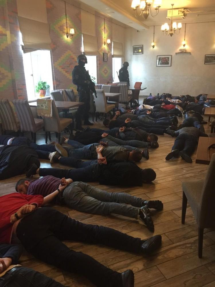 В ходе проведения операции сотрудниками полиции были задержаны 32 человека