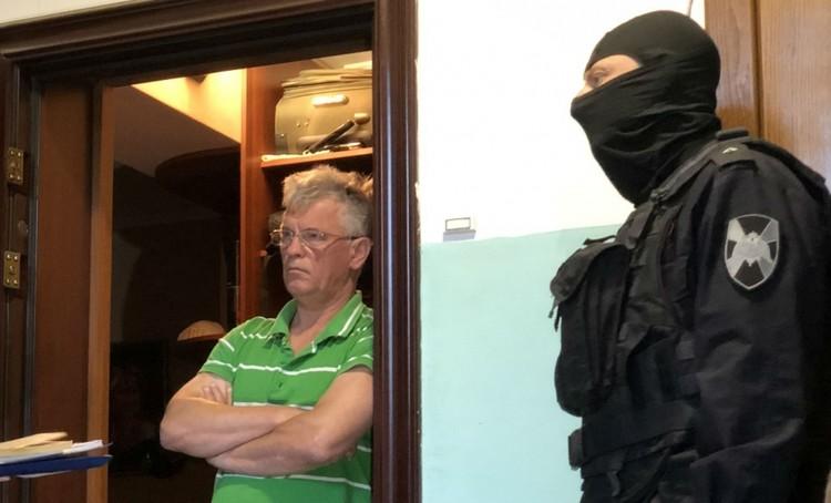Для чиновника визит силовиков был очень неожиданным. Фото: СК России