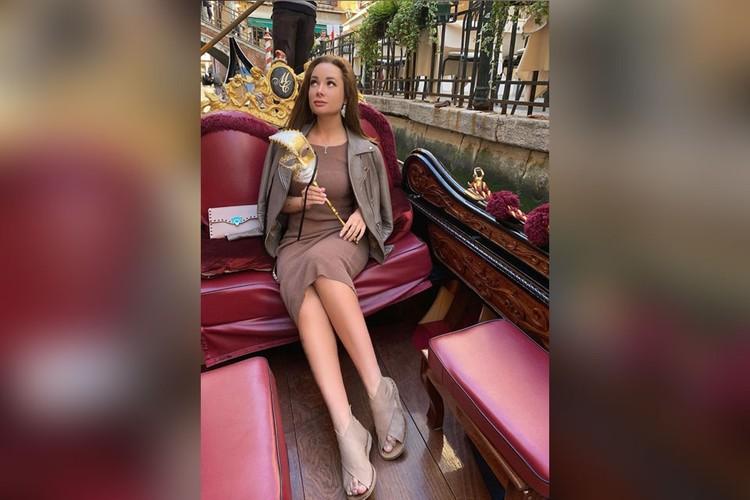 24-летняя девушка из Подмосковья посещала роскошные столичные рестораны