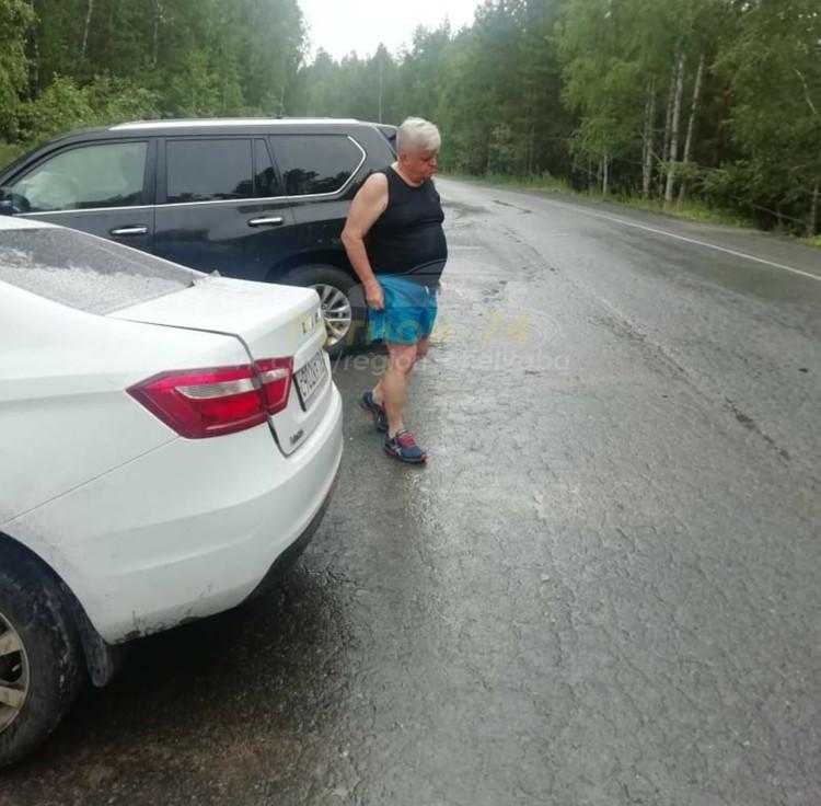 Судя по всему, у Косилова шок после столкновения. Фото: группа «Регион-74 | Челябинск»/vk.com