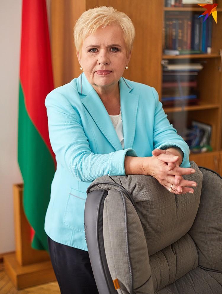 На своей должности Лидия Ермошина находится 23 года, но не считает себя женским символом белорусской власти.