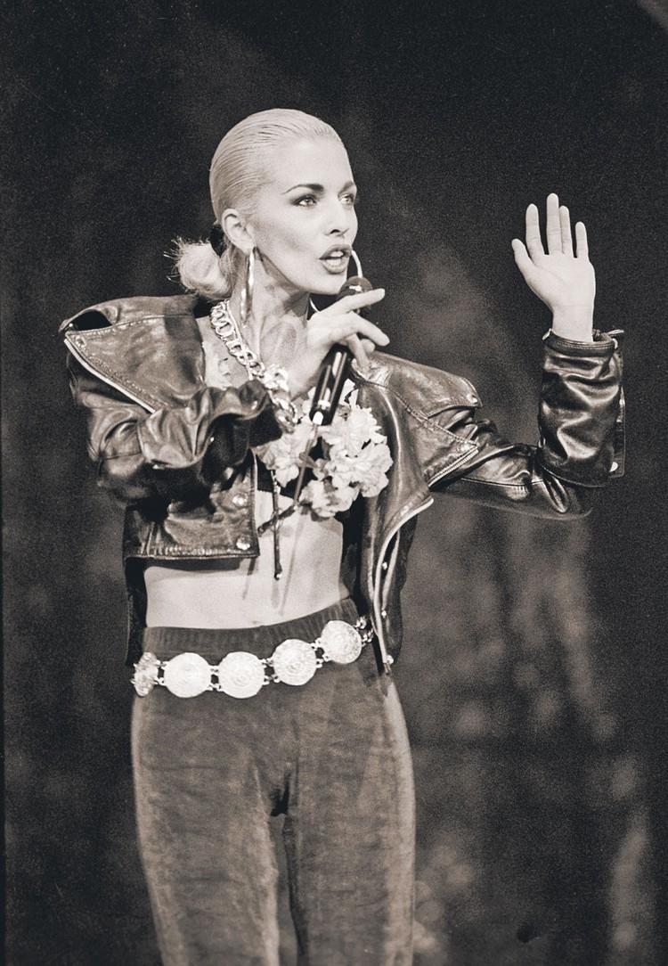 В 1990-е Ветлицкая считалась наиглавнейшим секс-символом нашей эстрады. Фото: ITAR-TASS