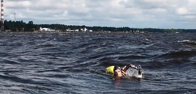 Последние 12 километров дались пловцу очень тяжело