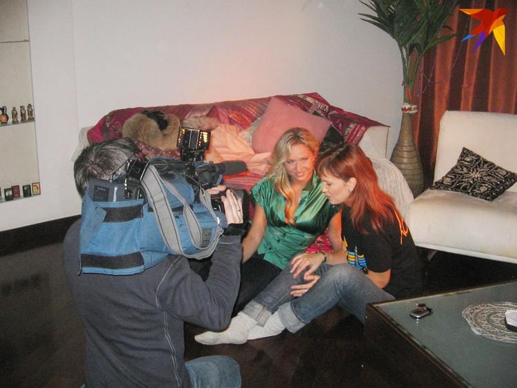 На проекте «PROдвижение» показывали кухню съемки клипа. И порой снимали дома у звезд – например, у Ольги Барабанщиковой.