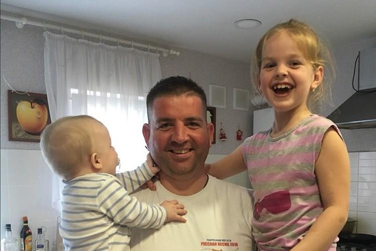 Отца двоих детей Степана Резуника задержали на Украине за участие в самообороне Крыма. Фото: личный архив