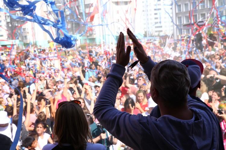 В открытии уличного музея приняли участие порядка 15 тысяч человек. Фото: предоставлено организаторами фестиваля Urban Morphogenesis