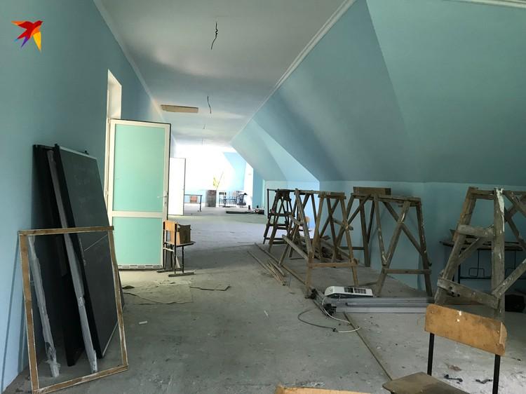 Недостроенный этаж школы