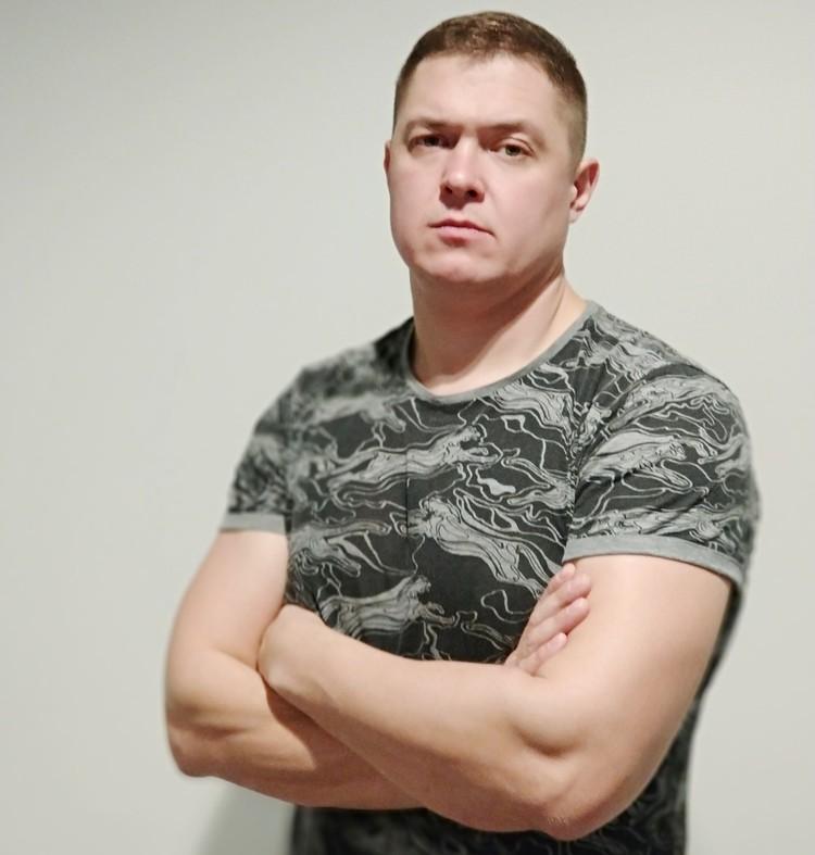 Сейчас Дмитрий активно занимается практической психологией.