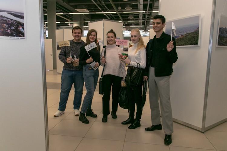 Среди первых гостей было много студентов архитектурного института