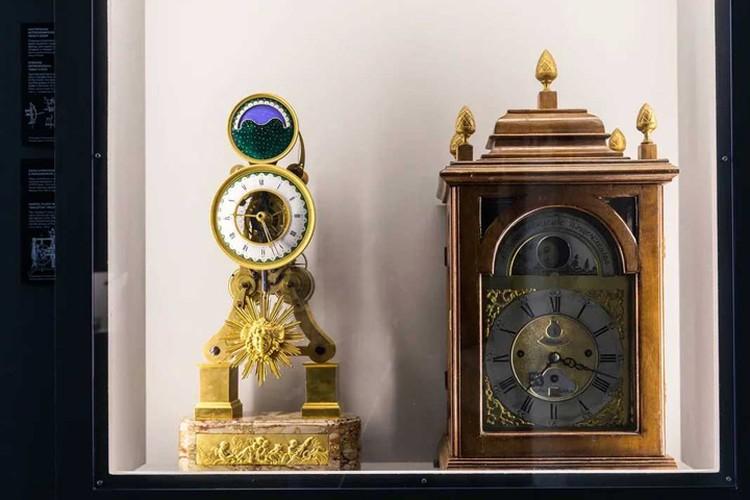 Старинные часы. Фото: предоставлено ВДНХ