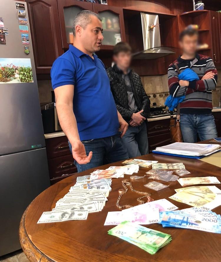 ФСБ выявило преступную схему получения компенсации за перевозку льготников. Фото: УФСБ России по РК и городу Севастополю.