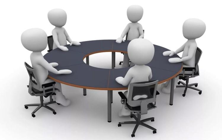 Идеальный комитет состоит из 5 человек.