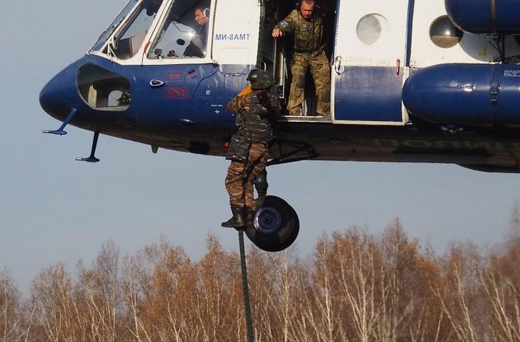 Военнослужащие прошли ряд тяжелых испытаний. Фото:Пресс-служба Сибирского округа войск национальной гвардии Российской Федерации