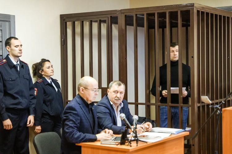 Сазонова защищают два адвоката
