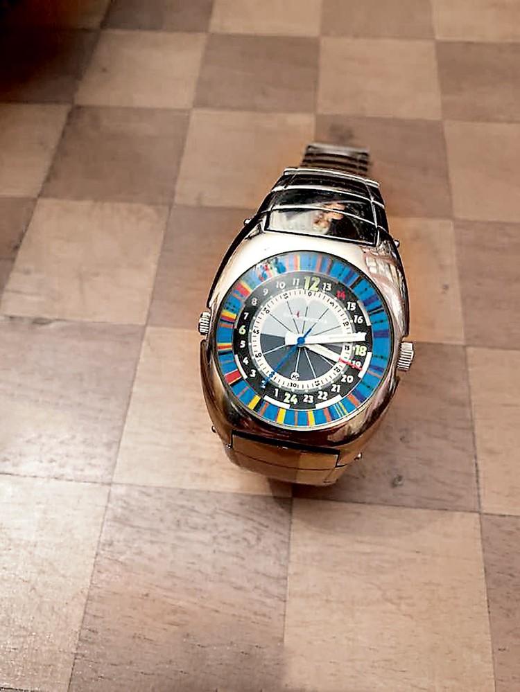 Те самые командирские часы, секрет которых знал только Алексей Леонов. Фото: Сергей ЛЕСКОВ